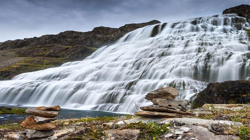 ارتفاع آبشار کبود وال