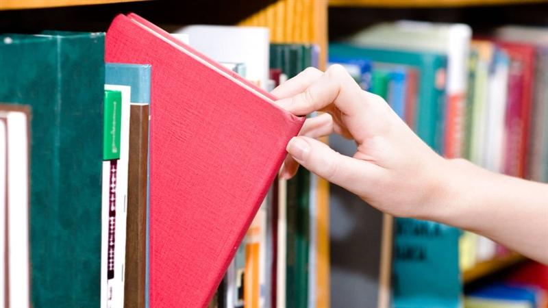خرید کتاب با 50 درصد تخفیف